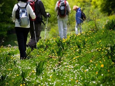 walk in vezere valley in Dordogne